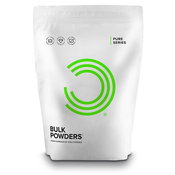 Bulk Powders: D-ribose (500 g) / D-ribose er et sukkermolekyl (det øker ikke blodsukkeret) som finnes i alle levende organismer og er en del av ATP. I studier av friske idrettsutøvere har tilskudd av D-ribose raskt gjenopprettet normalt ATP-nivå. Ved å bidra til rask påfylling av tomme energilagre er D-ribose særlig gunstig for hjertet og musklene. D-ribose bidrar til å vedlikeholde energimolekylet som trengs i alle celler, inkludert organer som hjertet og hjernen. Resultatet er økt vitalitet og forbedret hjerte- og nervefunksjon.